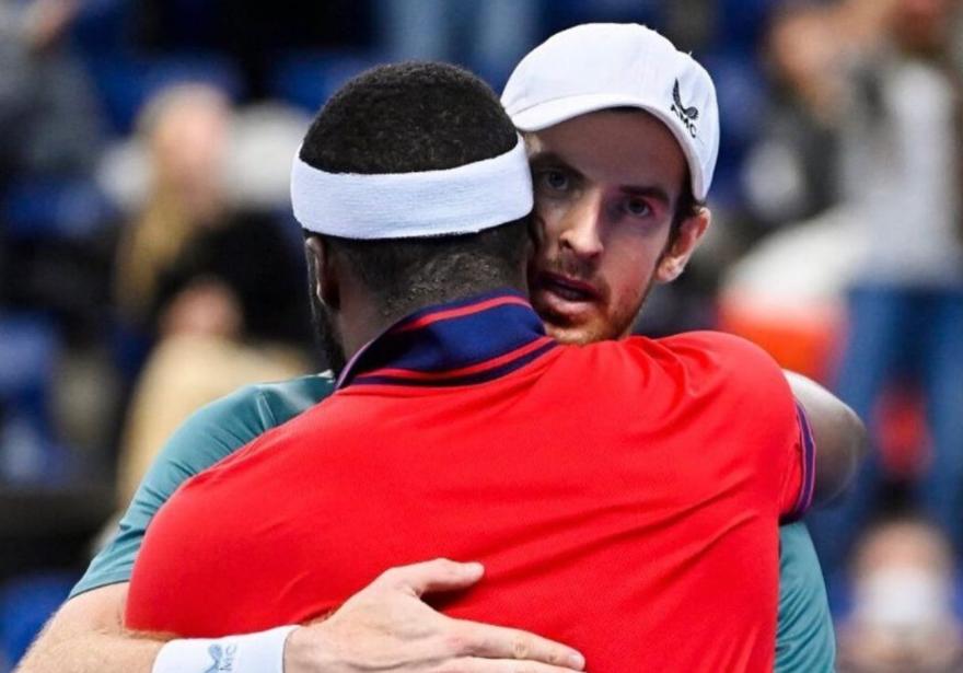 Andy Murray hugs Frances Tiafoe.